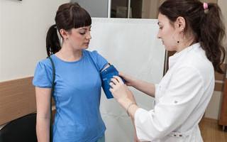 СМАД суточный мониторинг давления показания, как проводят, результаты