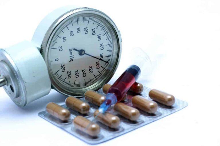 Лечение гипертонии: способы снижения высокого ...